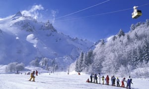 skiing in the Auvergne, France