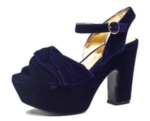 Key Trends Velvet: velvet sandal
