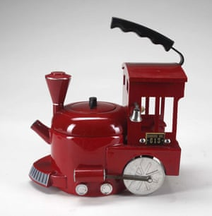 Michael Jackson's auction: Michael Jackson's fire engine tea kettle