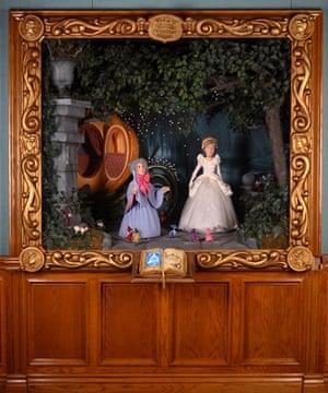 Michael Jackson auction 2: Cinderella Animated Diorama