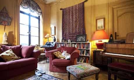 Caroline Lucas's living room