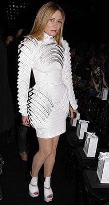 Roísín Murphy at a Paris fashion show
