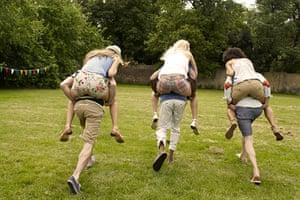 sports day fashion: Piggyback's back