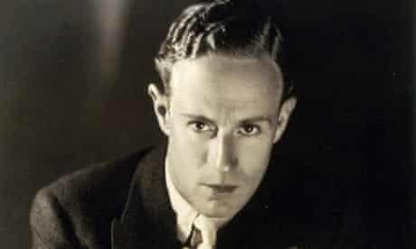 Leslie Howard in 1935