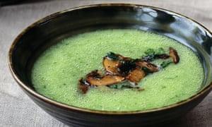 Parsley and potato soup