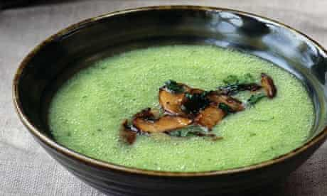 Parsley and potato soup
