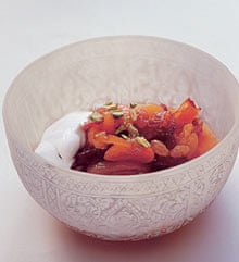 Dried apricots with grand marnier and yoghurt