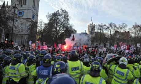 British riot police clash with demonstra