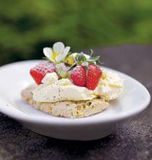 Strawberry pistachio shortbreads