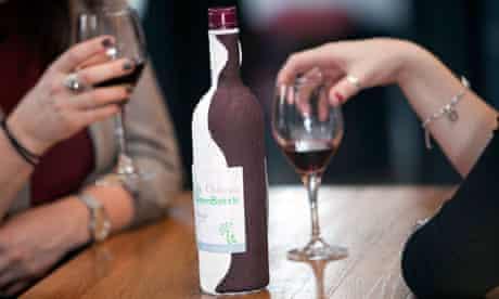Paper wine bottle