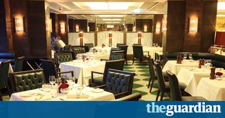 Restaurant review the rib room london life and style for Q dining room london