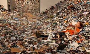 millions of pictures piled up at 24 hr photos exhibition