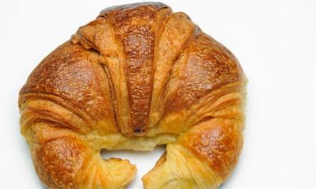croissant-missing-france-alex-clark