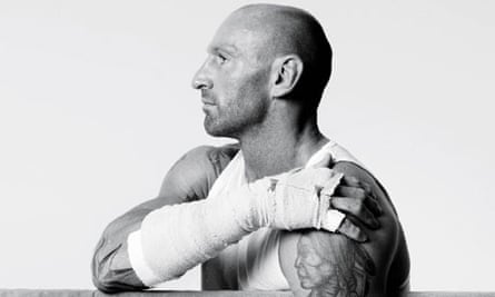 Out rugby star Gareth Thomas