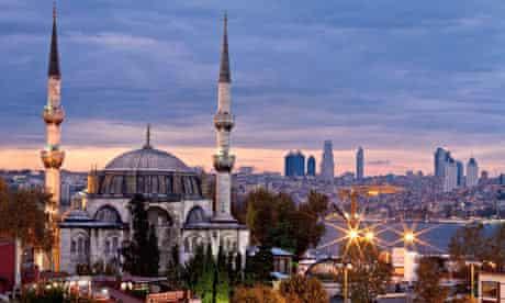 istanbul-minarets
