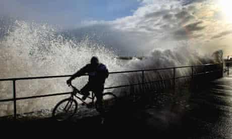 Huge Storm Surge Threatens Britain's Flood Defences