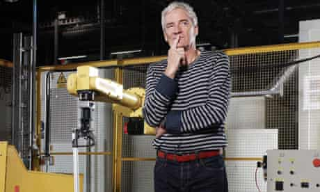 james-dyson-in-factory-wiltshire