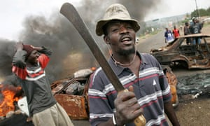 kenyans-roadblock-kisumu-2008