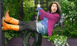caitlin moran on tyre swing