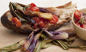 Nigel Slater's grilled spring onions and tomato sauce