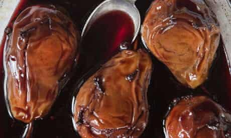 pears baked in red wine and cloves