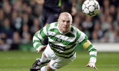 Neil Lennon playing for Celtic 2006
