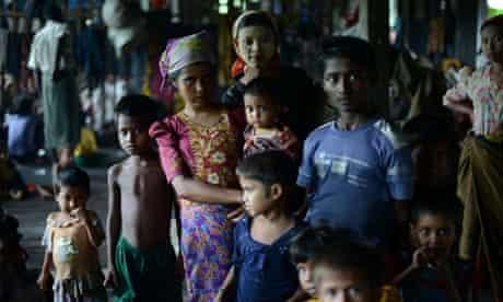 burma muslim rohingyas in shelter