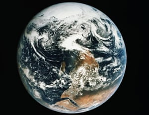 blue marble Apollo 17 photo