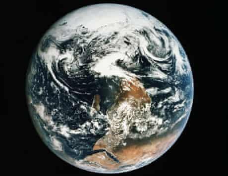 blue marble Apollo 17 photo