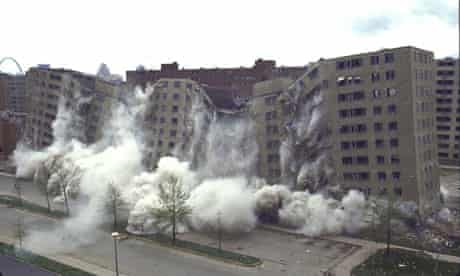 Pruitt-Igoe demolition in 1972