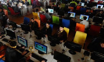 internet-cafe-china-online-censorship