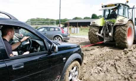 muddy-field-isle-of-wight-festival