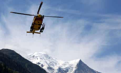 Alpine rescue helicopter returns from Mont Maudit avalanche
