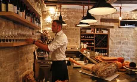Frenchie bar a vins