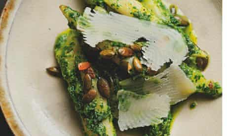 Salsify with toasted pumpkin seeds, garlic and chives