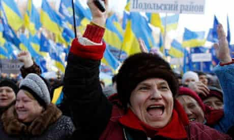 Pro-government supporters in Kiev