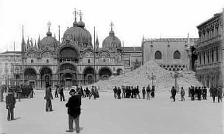 The ruins of St Mark's Campanile in Venice after it collapsed in 1902.