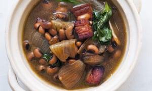 Nigel Slater's black bean and onion soup