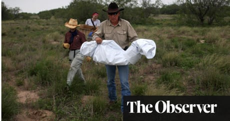 death map of deserts aims to save lives of desperate mexican migrants us news the guardian