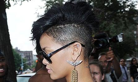 Hair: Rihanna
