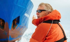 Greg Mortimer with the trapped icebreaker