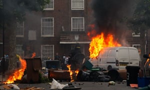 Rioters set fire to barricades in Hackney, London