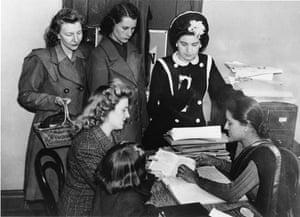 Citizens Advice at 70: Women seek advice during wartime