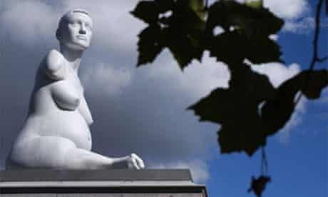 Marc Quinn's sculpture Alison Lapper pregnant in Trafalgar Square, London