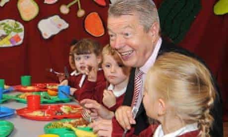 The health secretary, Alan Johnson, joins pupils for lunch at Queensbridge primary school, Bolton, to promote free school meals. Photograph: Anthony Devlin/PA