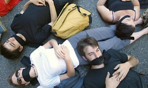 French gagged arts workers lie on the st