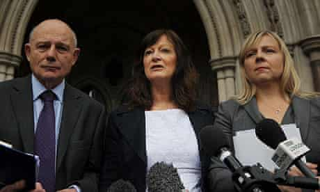 Sharon Shoesmith (C) addresses the media outside the Royal Courts of Justice on 27 May 2011