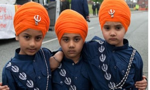turban display uncovers sikh history society the guardian