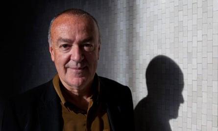 Simon Chapman, anti-smoking activist