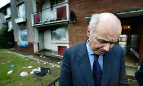 Iain Duncan Smith visits Glasgow's Easterhouse estate